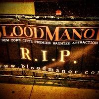 10/12/2013 tarihinde Randy B.ziyaretçi tarafından Blood Manor'de çekilen fotoğraf