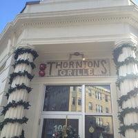 Foto tirada no(a) Thornton's Fenway Grille por Vanessa V. em 12/22/2012