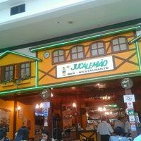 Foto tirada no(a) Jucalemão por Deijivan H. em 11/19/2012