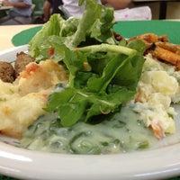 Foto tomada en Restaurante Planeta's por Alex G. el 10/19/2012