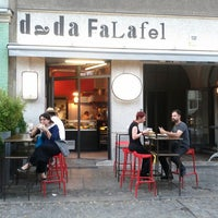 Das Foto wurde bei Dada Falafel von Macy P. am 7/7/2013 aufgenommen