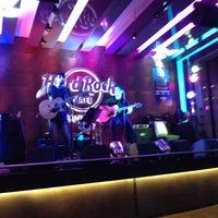 Foto tirada no(a) Hard Rock Cafe Santiago por Sonrisa D. em 3/10/2013