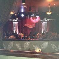 Das Foto wurde bei Copacabana Supper Club von Ted H. am 10/20/2012 aufgenommen