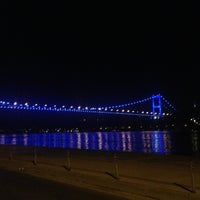 รูปภาพถ่ายที่ Kuruçeşme Kahvesi โดย Fırat A. เมื่อ 5/21/2013