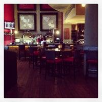 Photo prise au Bolt Bistro & Bar par Alease L. le5/11/2013