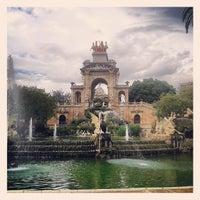5/28/2013 tarihinde Alejandra C.ziyaretçi tarafından Parc de la Ciutadella'de çekilen fotoğraf