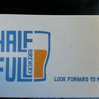 11/9/2012에 Jermaine T.님이 Half Full Brewery에서 찍은 사진