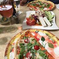 Das Foto wurde bei da YVONNE Trattoria Toscana von S 🤗 am 8/4/2017 aufgenommen