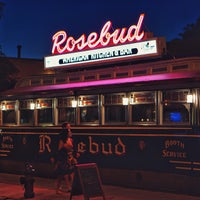 Rosebud American Kitchen Bar American Restaurant In Davis Square