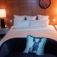 4/22/2013에 Erik L.님이 21c Museum Hotels - Cincinnati에서 찍은 사진
