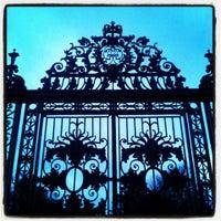 Photo prise au Hampton Court Palace Gardens par Chaffro le3/16/2013