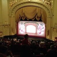 Foto scattata a War Memorial Opera House da Eugene T. il 12/21/2012