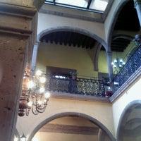 Foto tirada no(a) Restaurante La Posada Del Virrey por Annie E. em 12/1/2012