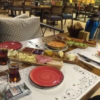 Foto tomada en ŞapQa Concept por Yk Y. el 6/25/2016