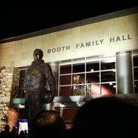 11/27/2012 tarihinde Alyissa J.ziyaretçi tarafından Allen Fieldhouse'de çekilen fotoğraf