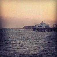 Photo prise au Malibu Sport Fishing Pier par Alex d. le6/6/2013