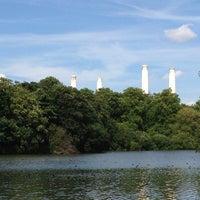 Photo prise au Battersea Park par WaiLun H. le6/30/2013