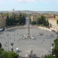 Foto scattata a Piazza del Popolo da Mark A. il 5/20/2013