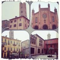 Foto scattata a Consorzio Turistico Langhe Monferrato Roero Booking Office da Chiara B. il 1/30/2014