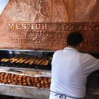 รูปภาพถ่ายที่ Meşhur Köfteci Mustafa โดย Marcel D. เมื่อ 3/27/2013