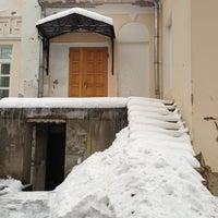 Снимок сделан в Коллегия адвокатов «Муранов, Черняков и партнеры» пользователем Pushnina 11/30/2012