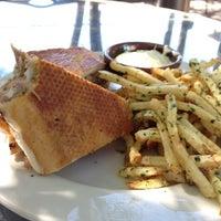 Das Foto wurde bei Criollo Latin Kitchen von Kyle M. am 10/4/2012 aufgenommen