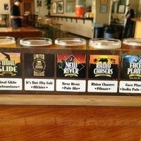 Das Foto wurde bei Lost Rhino Brewing Company von Stephen P. am 7/13/2013 aufgenommen