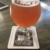 Foto diambil di Stapleton Tap House oleh Stenny pada 9/1/2016