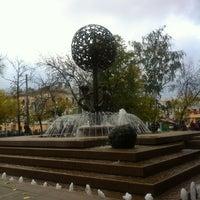 Снимок сделан в Фонтан-памятник «Адам и Ева под Райским деревом» пользователем Feo 10/4/2012