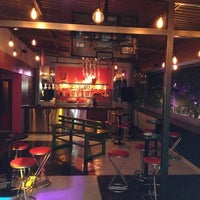รูปภาพถ่ายที่ Kinky Bar โดย Pablo G. เมื่อ 10/6/2013