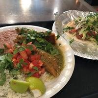2/15/2017에 Tom B.님이 Burritos & Beer Mexican Restaurant에서 찍은 사진