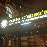Foto diambil di Katie O'Shea's oleh Антон К. pada 12/28/2012