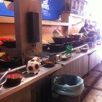 11/26/2012 tarihinde Tiki T.ziyaretçi tarafından Tacos la glorieta'de çekilen fotoğraf