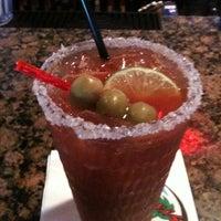 Снимок сделан в Hurricane's Bar & Grill пользователем Ashley S. 10/29/2011