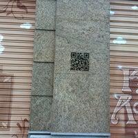 Foto tomada en Centro Optico Gran Vía // Farmacia Acosta y Robles C.B. por Antonio L. A. el 1/12/2013