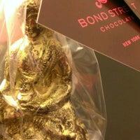 4/7/2013 tarihinde Taline E.ziyaretçi tarafından Bond Street Chocolate'de çekilen fotoğraf