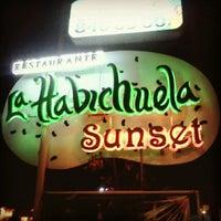 Foto tirada no(a) La Habichuela Sunset por Jesús C. em 11/3/2012