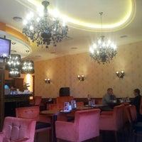 Снимок сделан в Круассан-кафе пользователем Григорий У. 1/17/2013