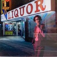 Foto tirada no(a) Pacific Liquor por TheDL em 2/22/2020