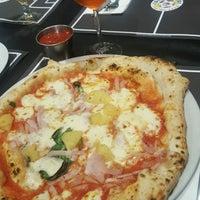 Foto tomada en Sports Bar Italian Food por Gigi F. el 1/27/2017