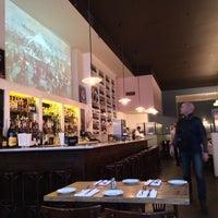 2/2/2014 tarihinde Jonny S.ziyaretçi tarafından Le Midi Bar & Restaurant'de çekilen fotoğraf