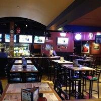 Foto diambil di Winking Lizard Tavern oleh Ty B. pada 2/27/2013