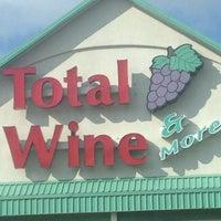 6/8/2013에 Blondie S.님이 Total Wine & More에서 찍은 사진