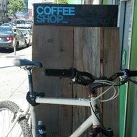 5/21/2013에 Bunkie I.님이 CoffeeShop에서 찍은 사진