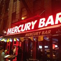 รูปภาพถ่ายที่ Mercury Bar West โดย Hirotoshi B. เมื่อ 5/5/2013