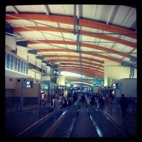 Foto tirada no(a) Raleigh-Durham International Airport (RDU) por Crash Gregg em 11/27/2012