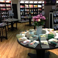 Photo prise au Waterstones par Robert P. le4/26/2013