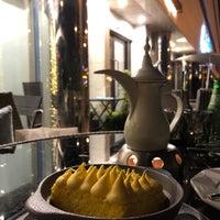 Das Foto wurde bei Rozana Lounge von Lamia . am 1/30/2018 aufgenommen