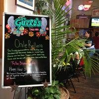 รูปภาพถ่ายที่ Guero's Taco Bar โดย Mårten S. เมื่อ 3/7/2013