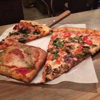 Das Foto wurde bei Presidio Pizza Company von Abby E. am 2/5/2014 aufgenommen